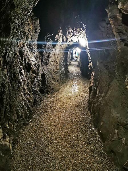 Polhova jama