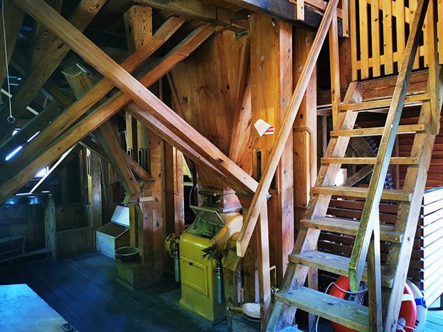 Notranjost mlina na Otoku ljubezni