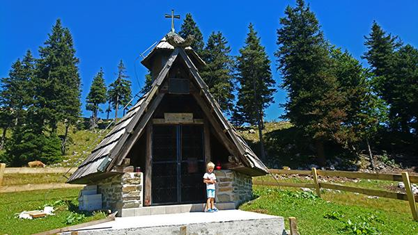 Kapela posvečena Mariji Snežni