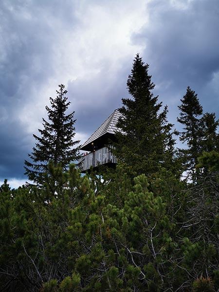 Stolp pri Lovrenških jezerih