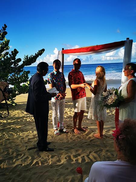 Poroka na Tobagu