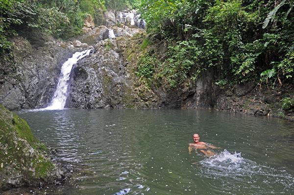 Kopanje na slapovih, Tobago