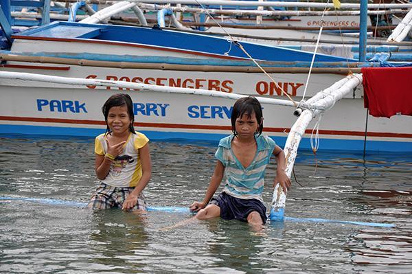 Domačini, Filipini