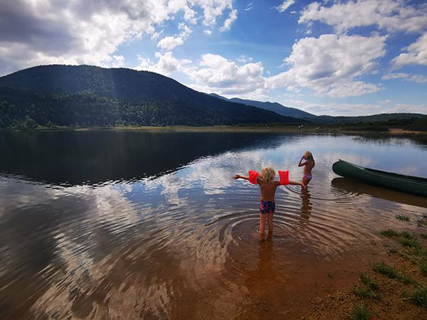 Kopanje v Cerkniškem jezeru