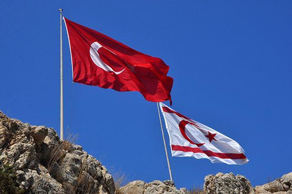 Zastavi, Ciper