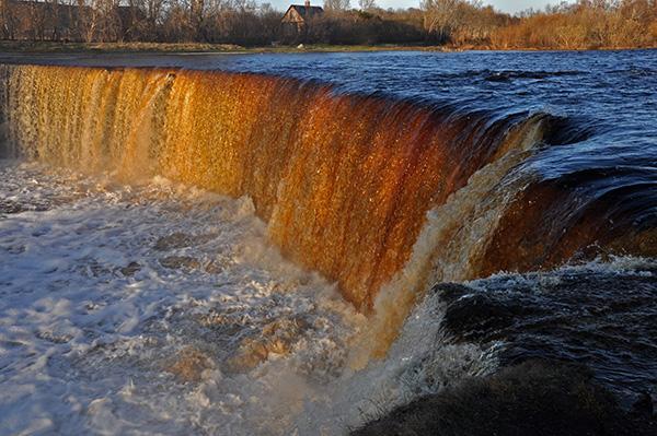 Reka Jägala v Estoniji