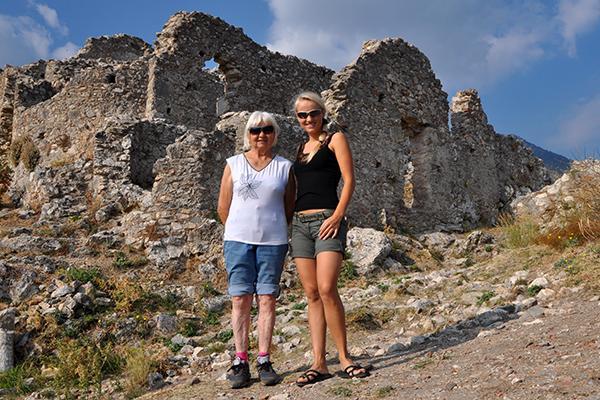 Z babico po Grčiji