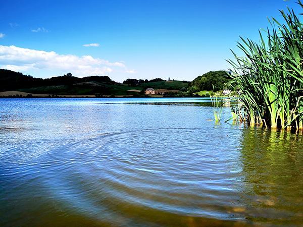Perniško jezero