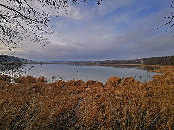 Jezero Komarnik