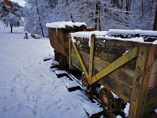 Ozkotirna železnica