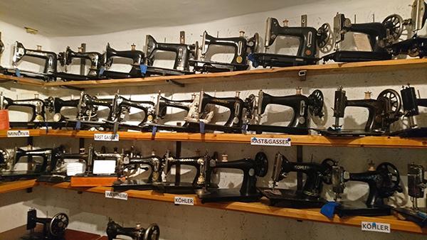 Zbirka šivalnih strojev