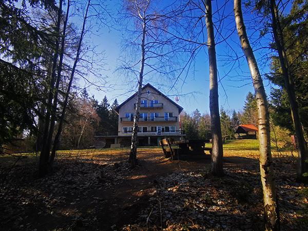 Planinski dom Kozjak