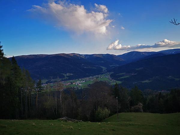 Razgled na Lovrenc na Pohorju z Rdečega brega
