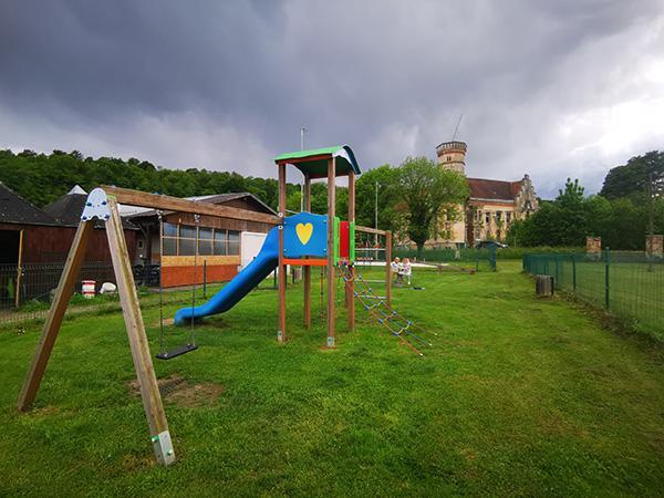 Igrala pri dvorcu Slivnica
