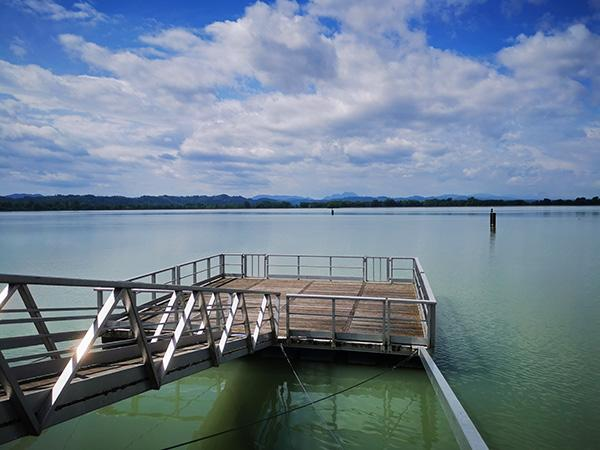 Pomol na jezeru