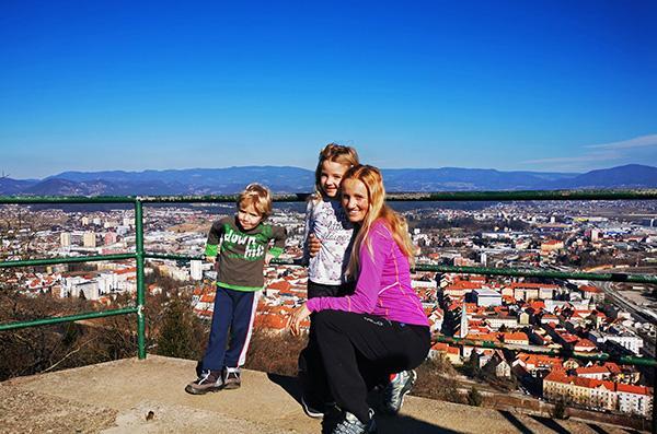Razgled s stolpa na Miklavževem hribu